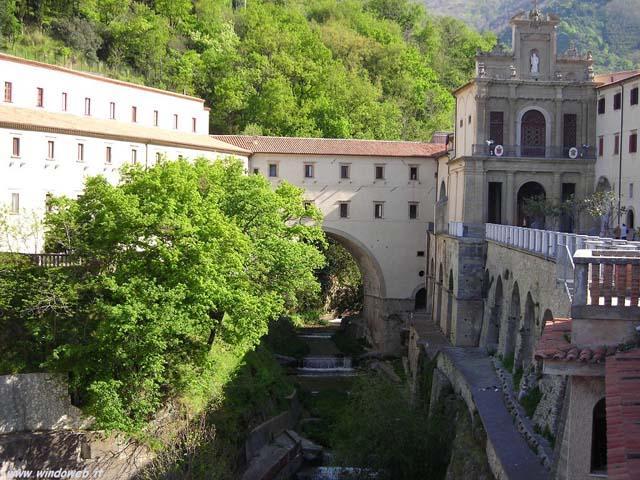 La via delle fede? In Calabria porta a Paola