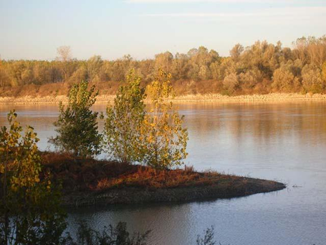 Polesine Parmense: relax sul fiume