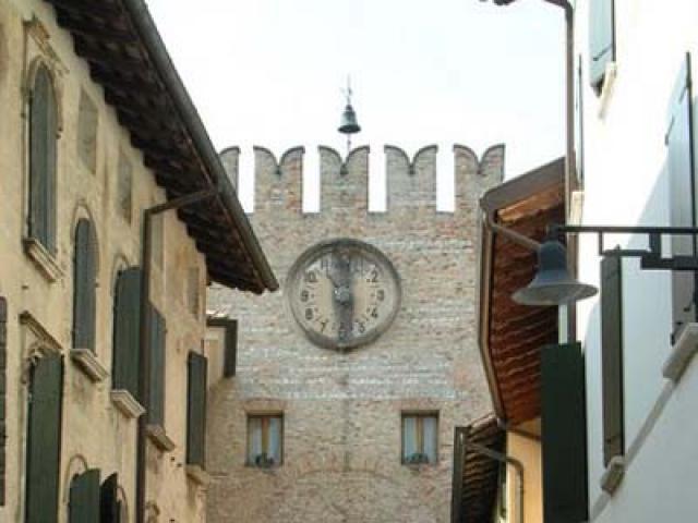 Da Pordenone a Spilimbergo: itinerario per borghi e castelli