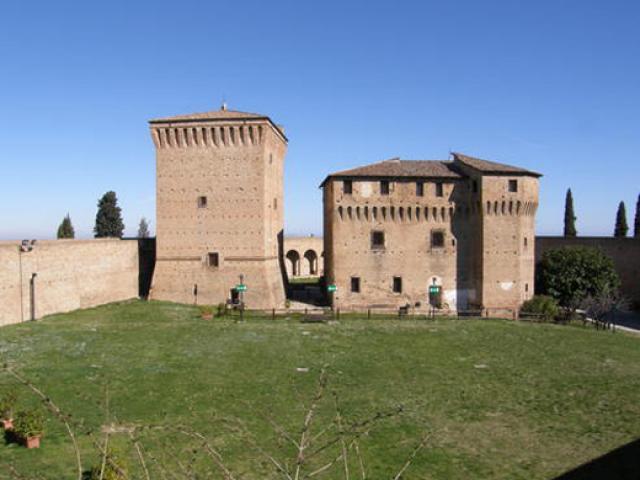 L'imponenza minacciosa della Rocca Malatestiana di Cesena