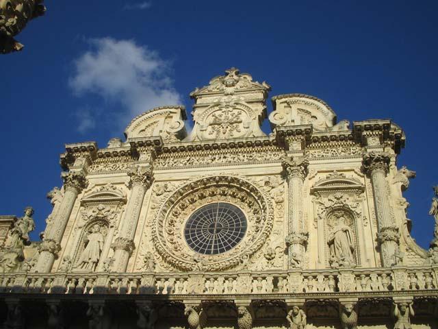 L'opulenta sontuosità della Basilica di Santa Croce