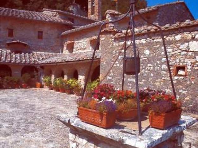 Narni: piccolo borgo antico