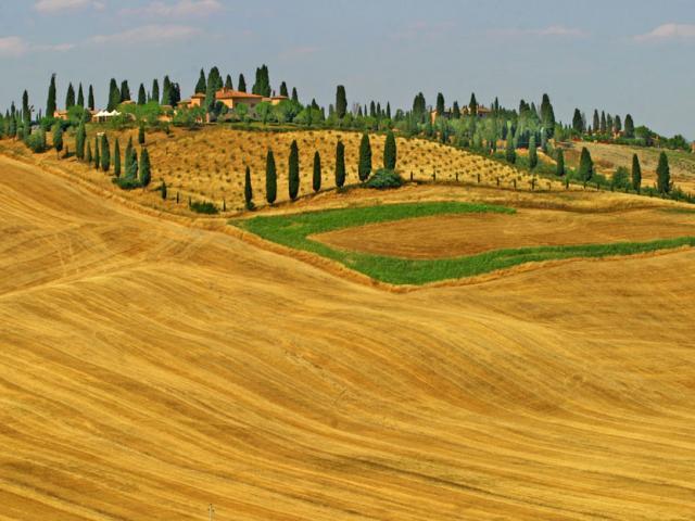 Itinerario sulla via della creta nei dintorni di Siena