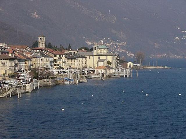 I nobili palazzi di Cannobio in riva al lago