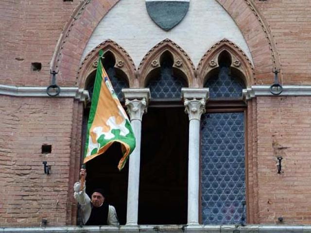 Siena: artigiani in… palio