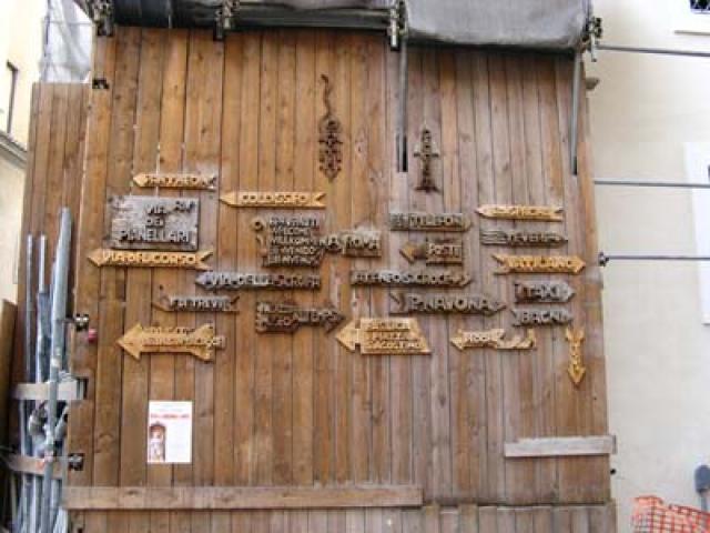 A spasso per Roma in cerca di botteghe artigiane
