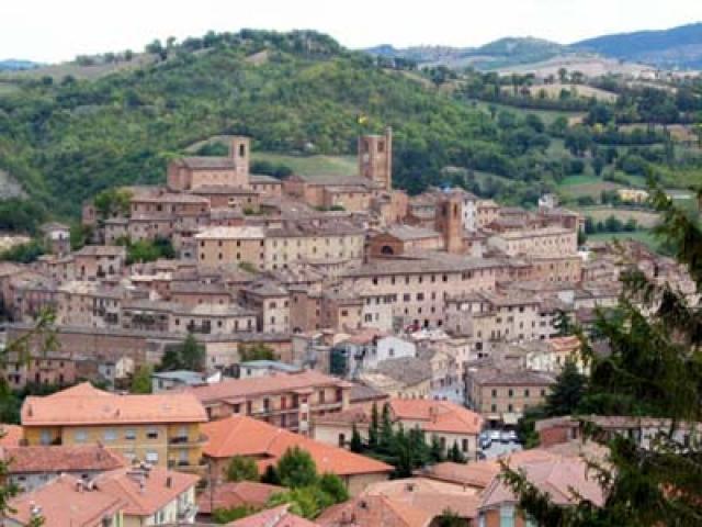 A Sarnano, Armonia di paesaggio e cultura