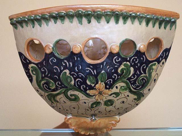 Le ceramiche di Caltagirone: tesori di artigianato artistico siciliano