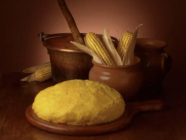 Polenta polesana a Rovigo da cucina povera a piatto ricco