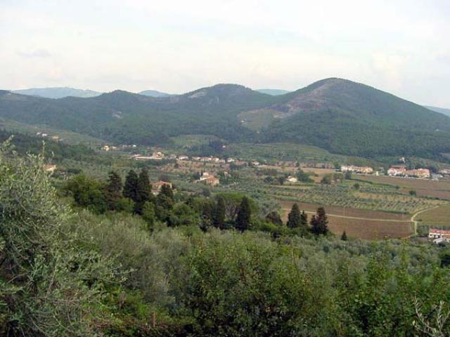 Per fare trekking nella Riserva Naturale di Monteferrato