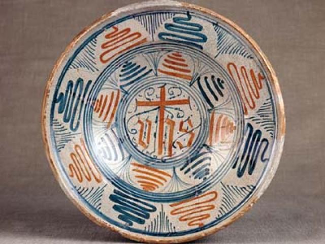 Artigianato nella Tuscia viterbese: gioielli in ceramica