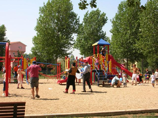 Il Parco Fausto Noce: un'oasi di relax e gioco nel centro di Olbia