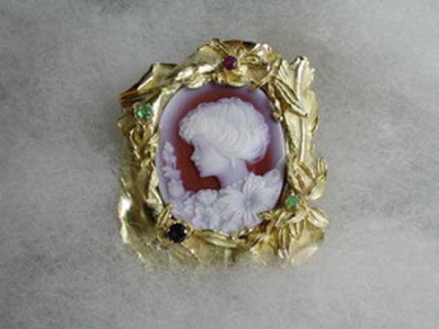 Il meglio dell'arte orafa crotonese: gioielli dal profumo antico