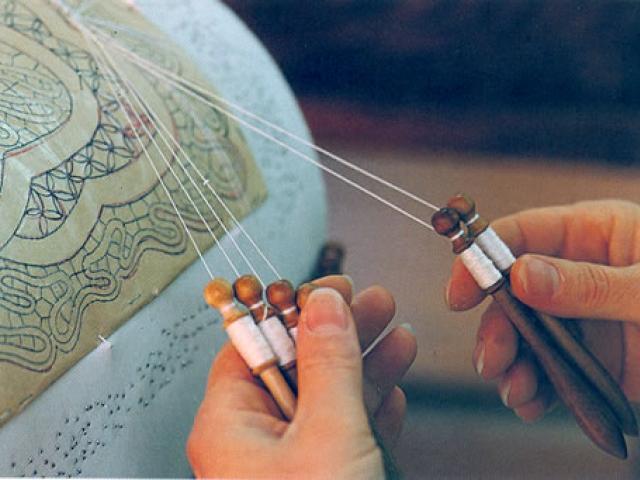 Il tombolo di Mirabella Imbaccari: l'arte del merletto siciliano