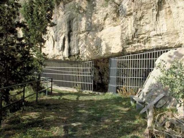 Finale ligure e la Caverna delle Arene Candide