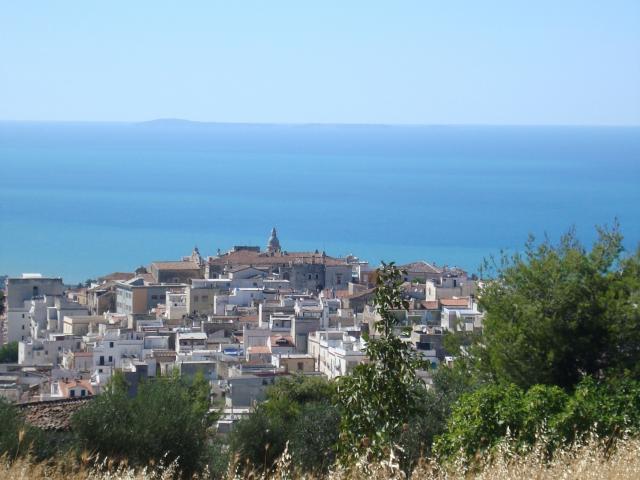 Ischitella: un caratteristico borgo medievale