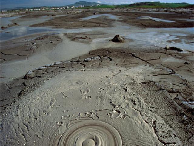 Macalube e Grotte dell'acqua Fitusa