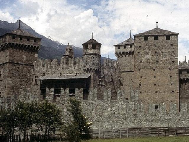 Fénis e i castelli della Valle d'Aosta