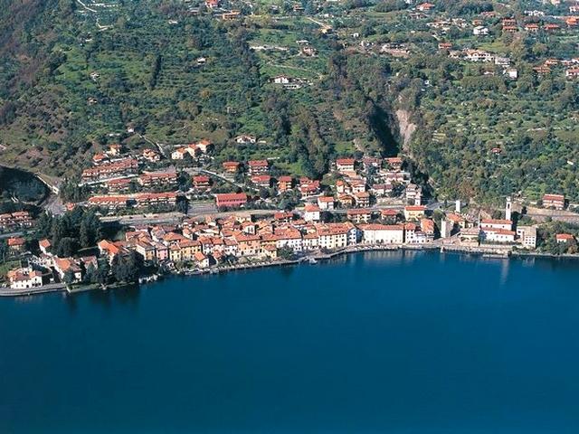 Riva di Solto - Lago d'Iseo