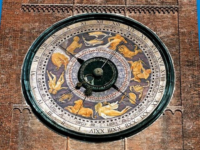 Orologio astronomico del Torrazzo