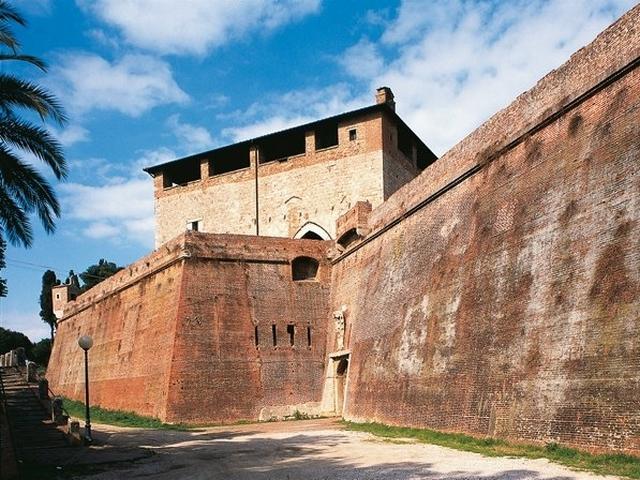 Mura e Fortezza Medicea - Grosseto