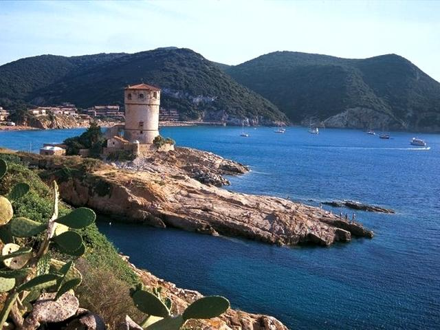 Isola del Giglio - Torre del Campese