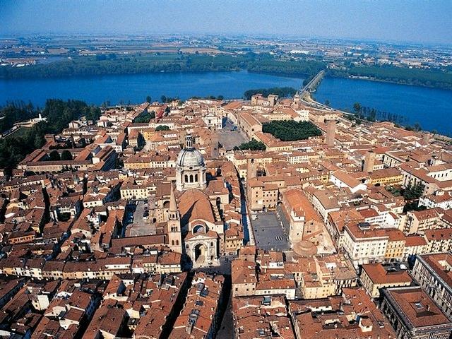 Mantova - veduta aerea