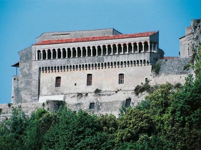 Palazzo Ducale - Loggiato delle cento colonne