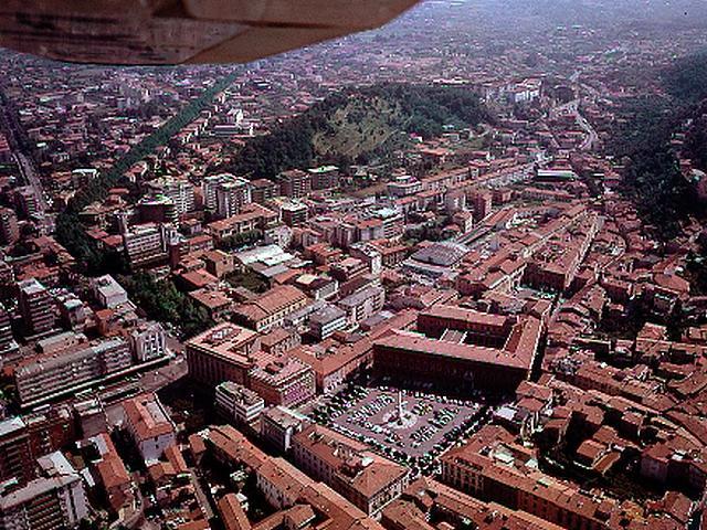 Piazza degli Aranci - Massa Carrara
