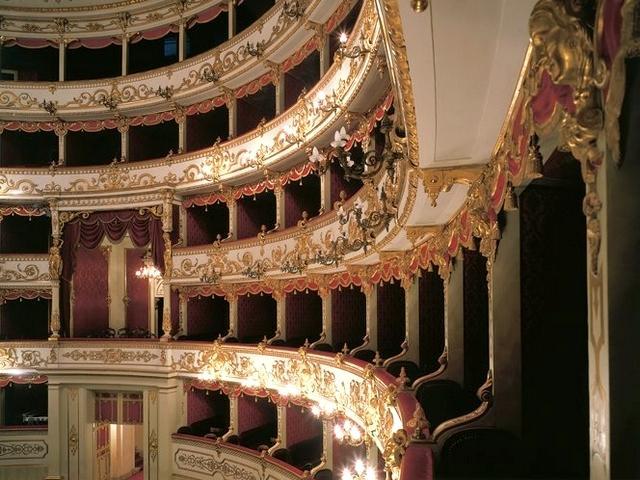 Teatro Municipale Romolo Valli - Reggio Emilia