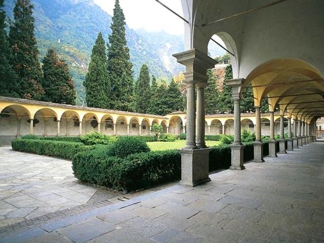 Chiostro della Collegiata San Lorenzo di Chiavenna