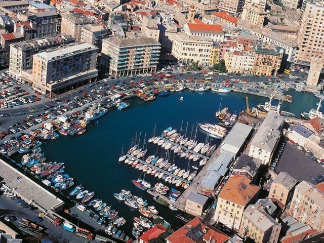 Porto di Savona