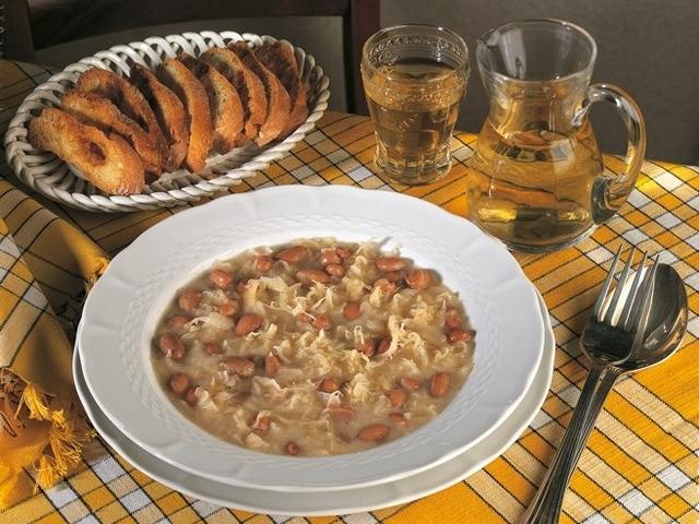 Jota - Minestra di fagioli borlotti, crauti e maiale