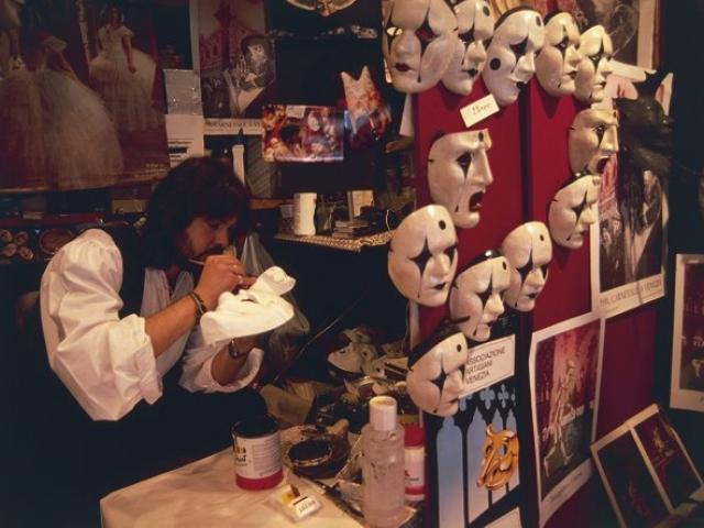maschere di cartapesta