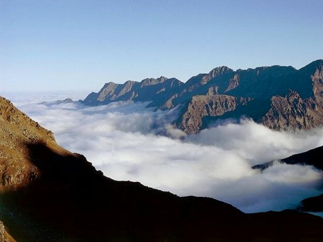 Valle d'Aosta tra le nuvole