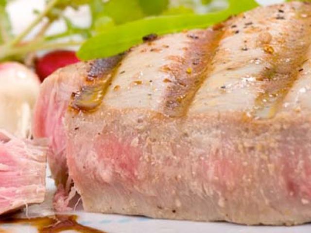 Bistecca di tonno alla favignanese