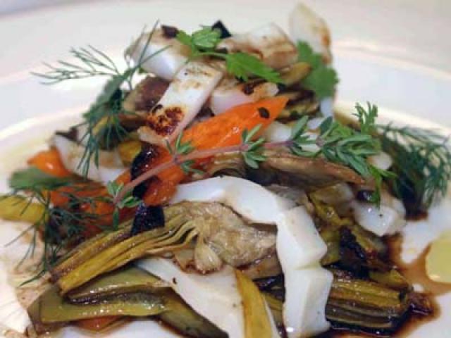 Calamari e Carciofi romaneschi alla piastra con balsamico