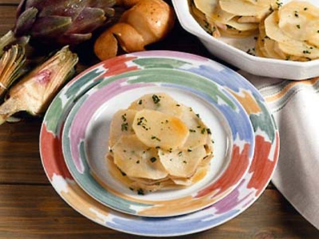 Tortino di baccalà e cipolle rosse  con patate croccanti