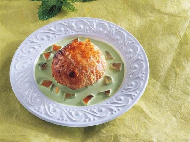Fagottino di mele con salsa al Prosecco