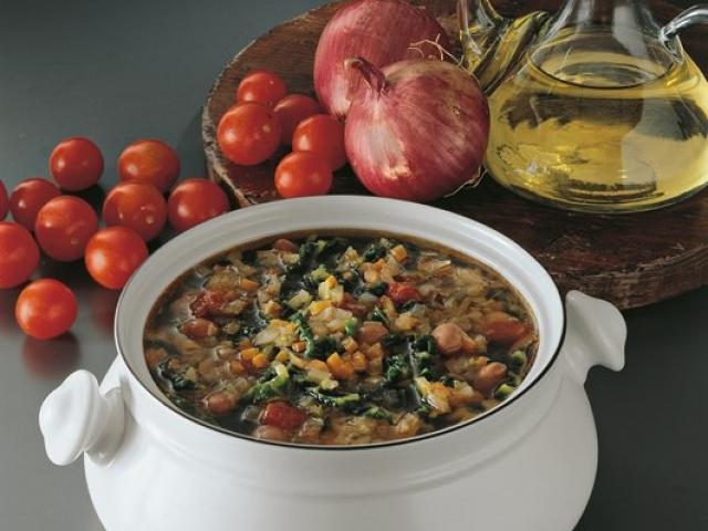 Zuppa di Verdure e Fagioli