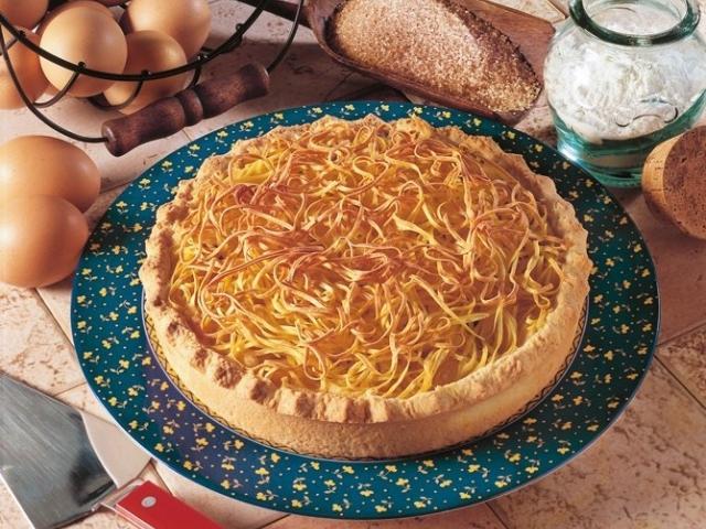 Torta di tagliatelle o torta ricciolina