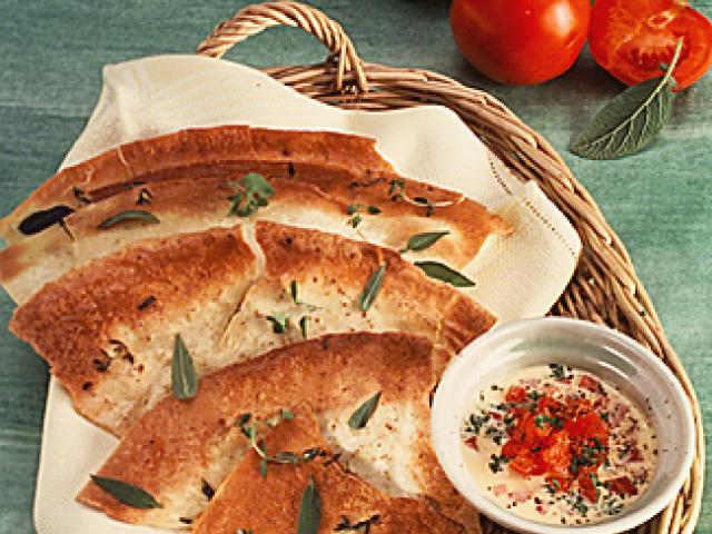 Pane con pomodoro