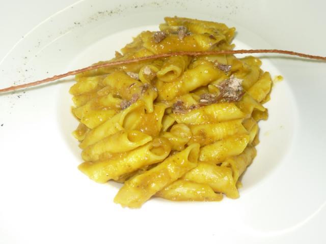 Garganelli con zucca, baccalà e colatura d'aringa