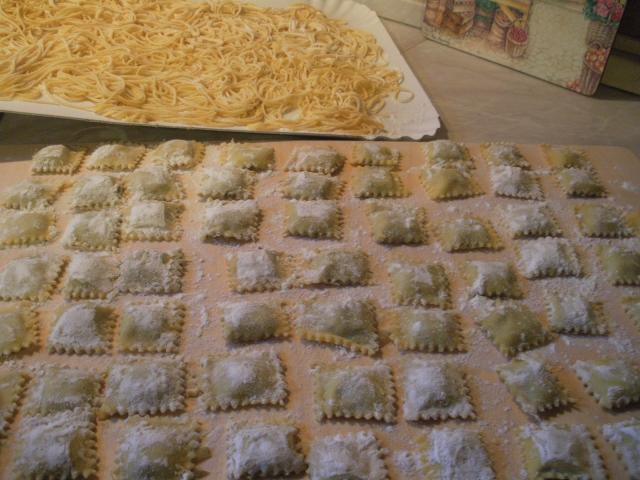 Tortelli con salsa di pinoli