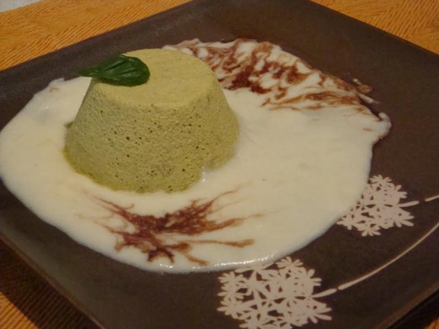 Flan di asparagi verdi con fonduta di Asiago