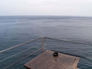 Tavolo sul mare