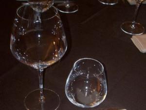 ristorante La Pentolaccia- bicchieri in primo piano