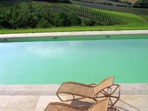 Locanda Palazzone- bordo piscina