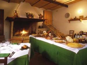 Agriturismo San Pietro Acquaeortus- sala ristorante