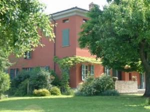 Agriturismo San Geminiano- particolare della facciata